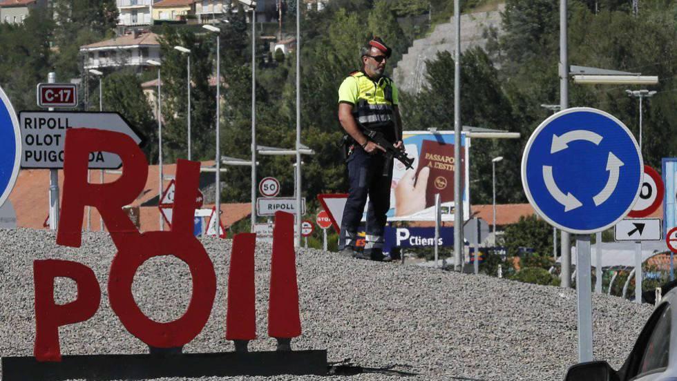 La policía investiga la conexión internacional del imán de Ripoll