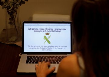 "Russian ""hackers"" help keep banned Catalan referendum census site online"