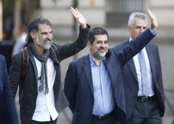 Two Catalan independence leaders taken into custody in sedition probe