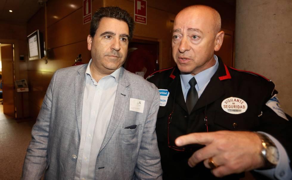 David Marjaliza al llegar a la Comisión de Corrupción de la Asamblea de Madrid.