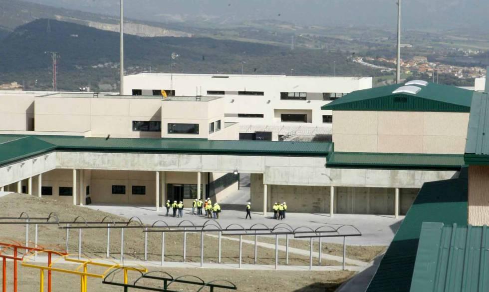 Imagen del exterior de la nueva cárcel de Zaballa que sustituyó a la de Nanclares.