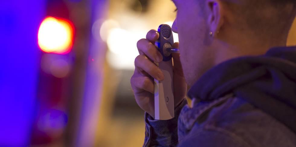 Control de alcoholemia y drogas en la M-50 Madrid.