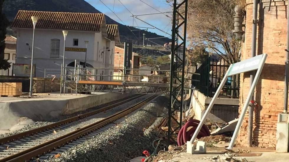 Granada, 1.000 días sin tren | España | EL PAÍS