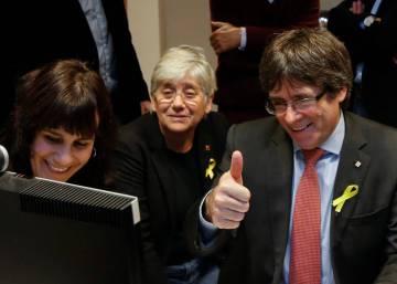Los independentistas viralizan por error un artículo satírico sobre Puigdemont