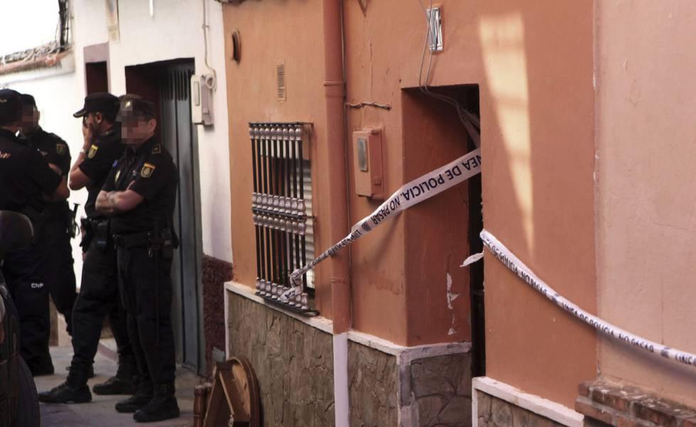 Agentes de la Policía Nacional en Algeciras en una imagen de archivo.