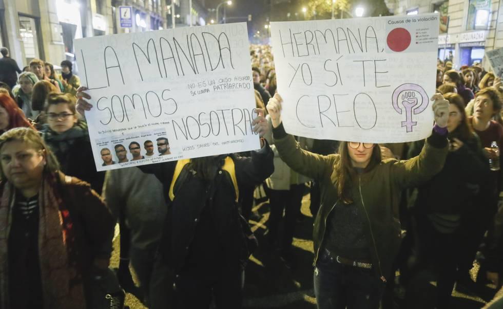 Manifestacion en Barcelona el pasado noviembre en apoyo a la mujer presuntamente violada durante los Sanfermines de 2016.