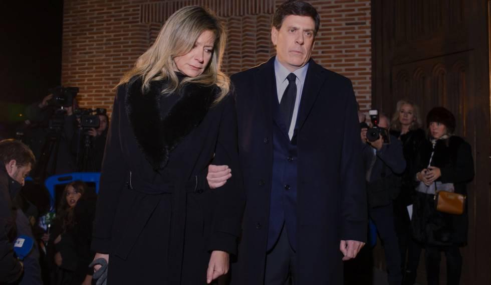 Los padres de Diana Quer este miércoles en el funeral por su hija.