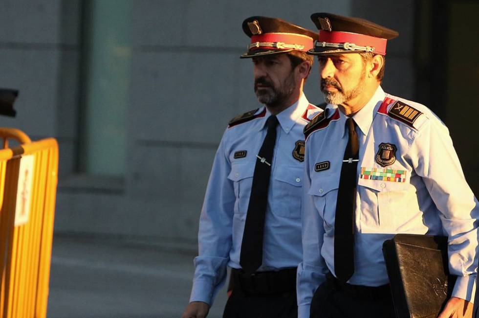 El mayor de los Mossos d'Esquadra, Josep Lluis Trapero a su llegada para declarar en la Audiencia Nacional.