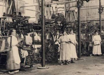Trabajadoras de la fábrica textil de Ferrolterra en la época de la revuelta.