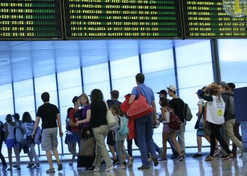 After nine years of growth, number of Spaniards living abroad hits new high