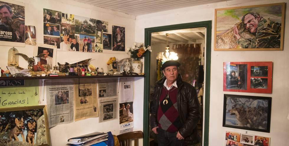 Marcos Rodríguez, en su vivienda.
