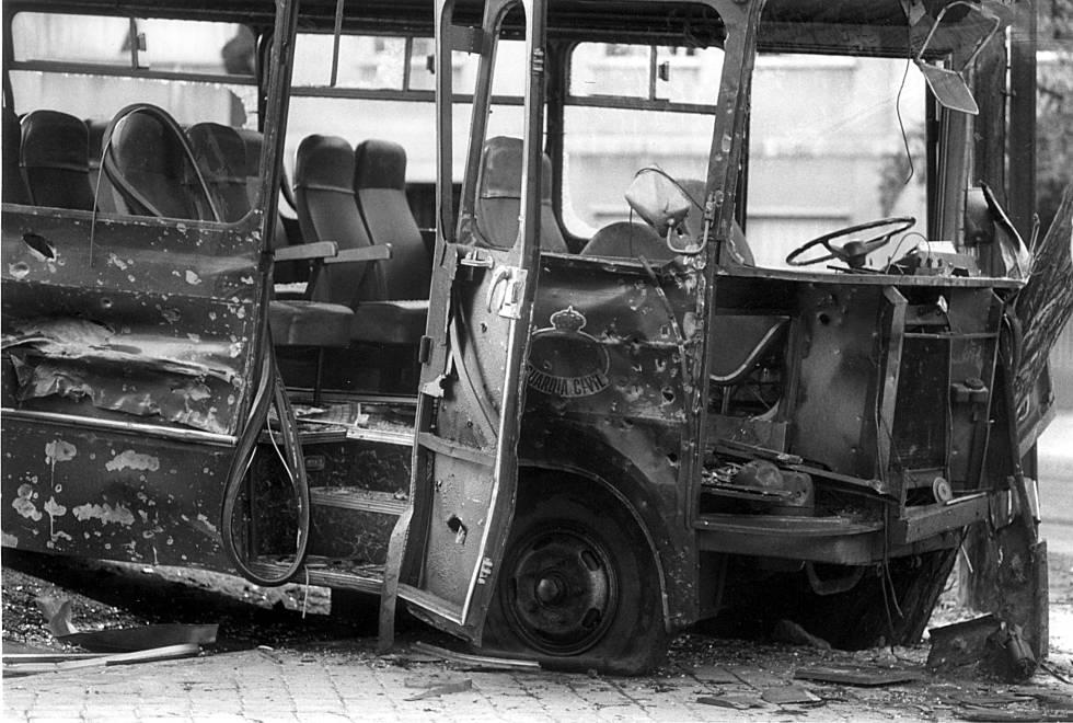 Atentado contra un microbús de la Guardia Civil en la plaza de la República Argentina (Madrid) el 9 de septiembre de 1985.