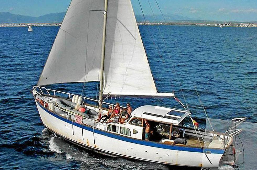 El Virgen del Mar II, en una foto de la página en la que se anunciaba para alquiler (topbarcos.com).
