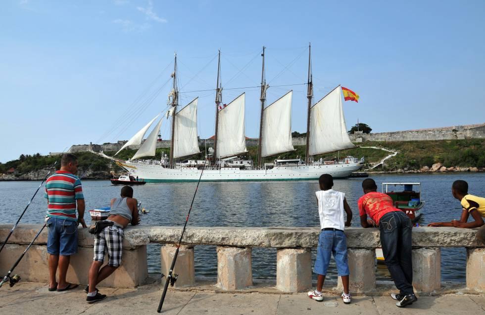 El buque Juan Sebastián Elcano durante una visita a La Habana (Cuba) en 2012.rn