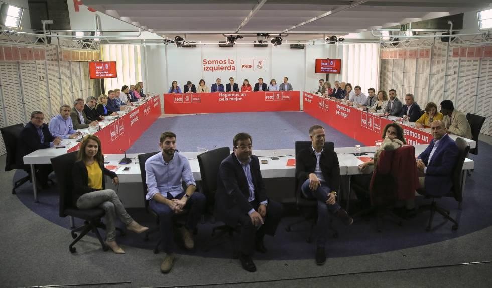 Reunión de la comisión ejecutiva federal del PSOE, en la sede de Ferraz en Madrid.