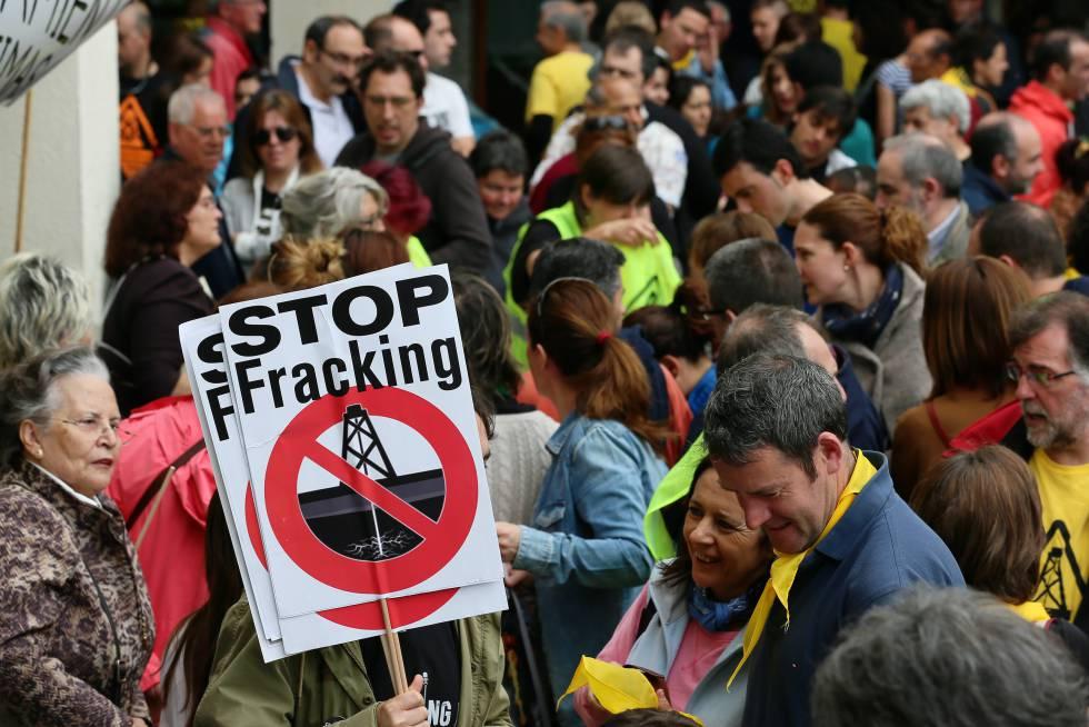 Protesta en 2015 en Medina de Pomar (Burgos) contra el fracking.