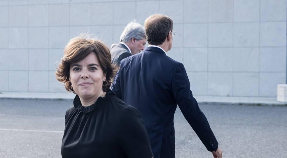La candidata a la presidencia del PP, Soraya Sáenz de Santamaría este viernes en Galicia.