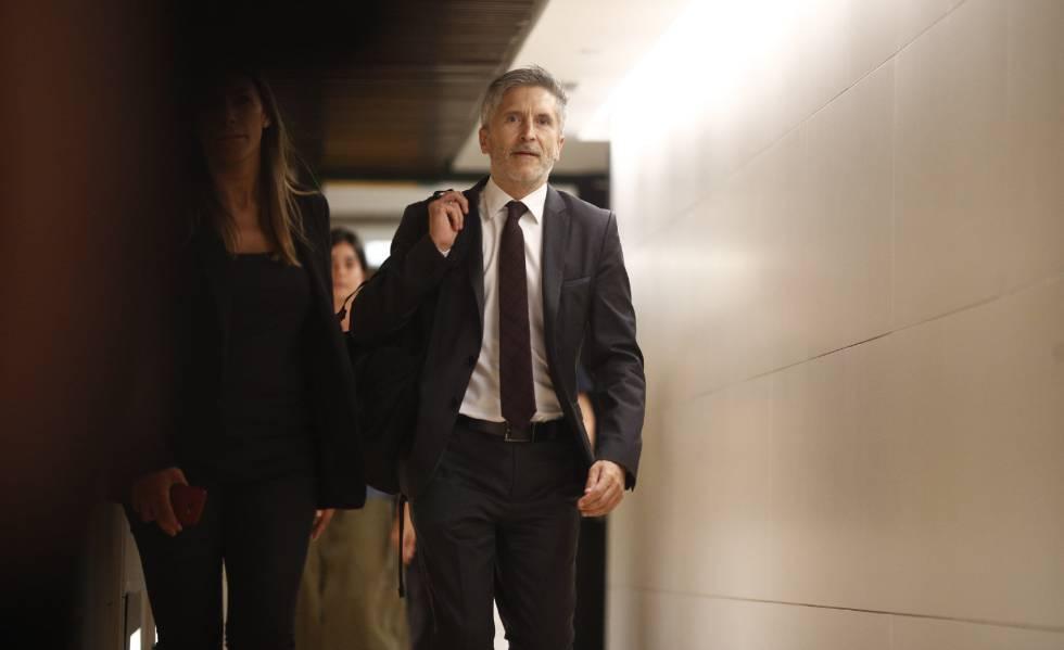 Fernando Grande-Marlaska, poco antes de su comparecencia este miércoles en la Comisión de Interior el Congreso.