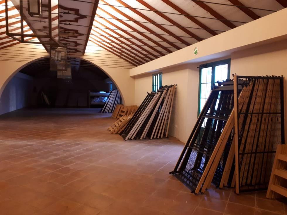 Salón que se ofrece para celebra bodas en el cortijo El Águila Real, en Guillena (Sevilla)