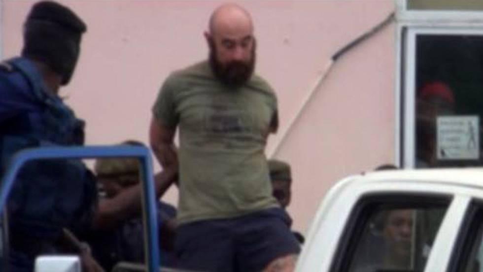 Uno de los españoles liberados, en el momento de su detención en agosto pasado.