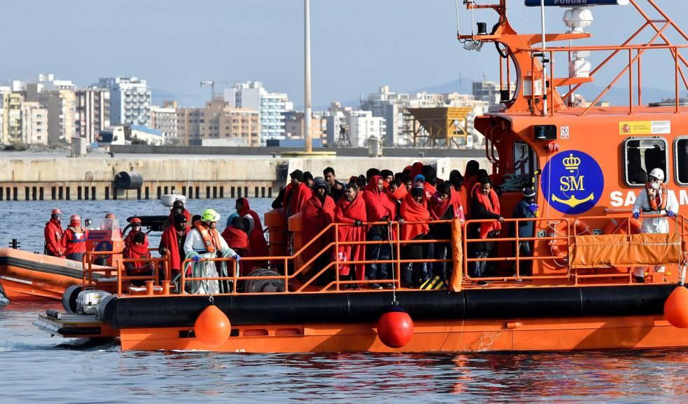"""Résultat de recherche d'images pour """"europe, against morocco migrants"""""""