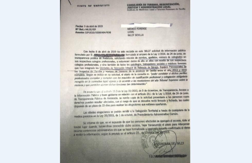 """Casado exige a Sánchez que rectifique sobre la """"lista negra"""" de empleados de violencia de género de Andalucía"""