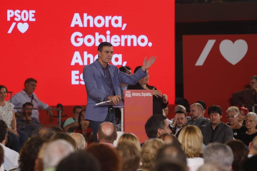 El presidente del Gobierno en funciones, Pedro Sánchez, en un acto del PSOE este viernes en Oviedo.