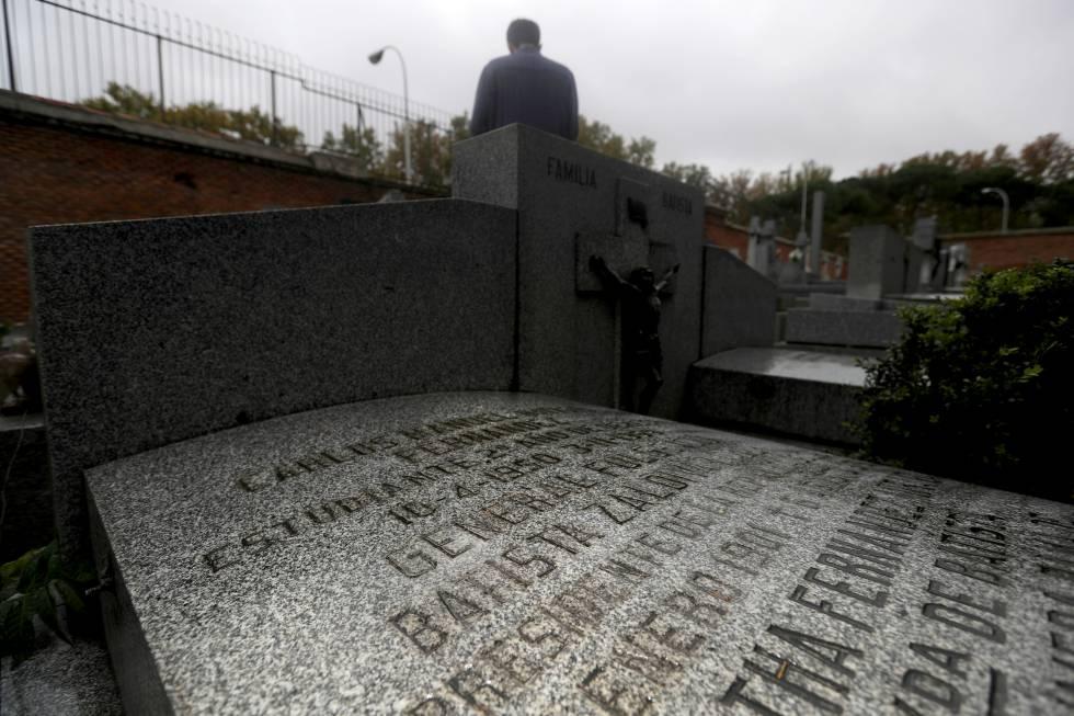 Tumba del dictador cubano Batista en el cementerio de San Isidro.