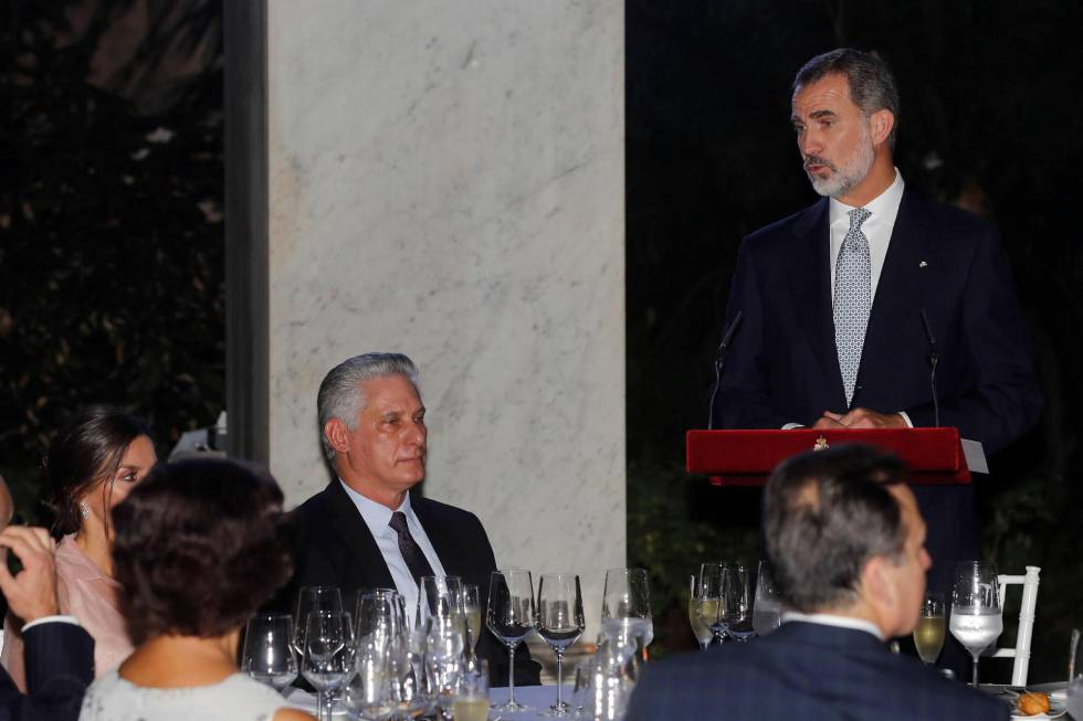 Spanish Royals In Cuba Spanish King Defends Democracy And