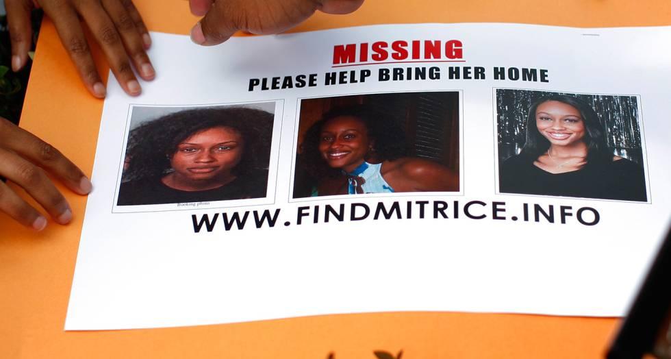 Cartel de búsqueda de Mitrice Richardson colocado en Malibú en 2009.