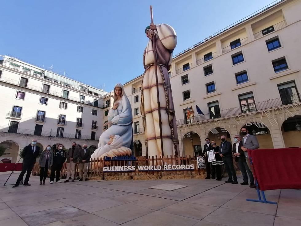 Nacimiento en la plaza del Ayuntamiento de Alicante.