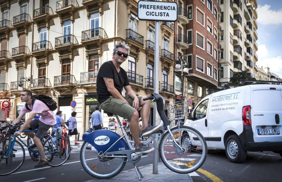 """""""Un kilómetro de pedaleo ahorra 0,25 euros a la ciudad"""""""