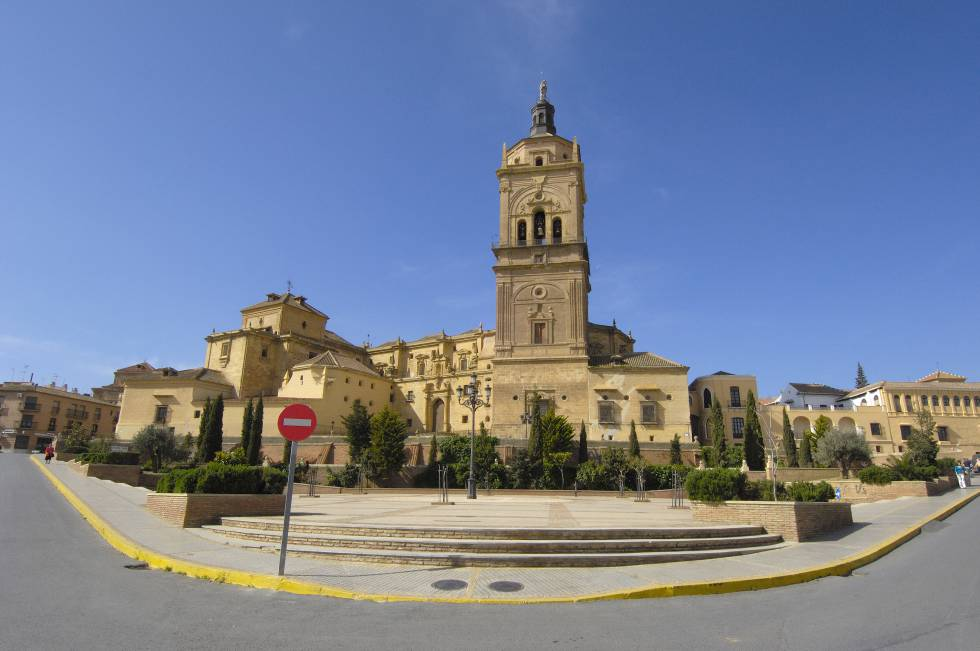 La Iglesia homenajeó a un cura condenado por abusar de un niño