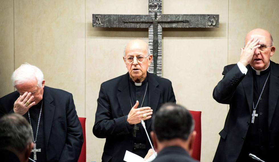 El presidente de la Conferencia Episcopal Española, Ricardo Blázquez durante una asamblea.