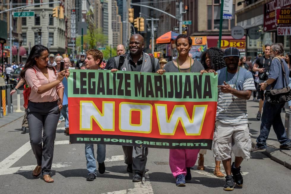 Nueva York abre la vía para legalizar el consumo recreativo de la marihuana  | Sociedad | EL PAÍS