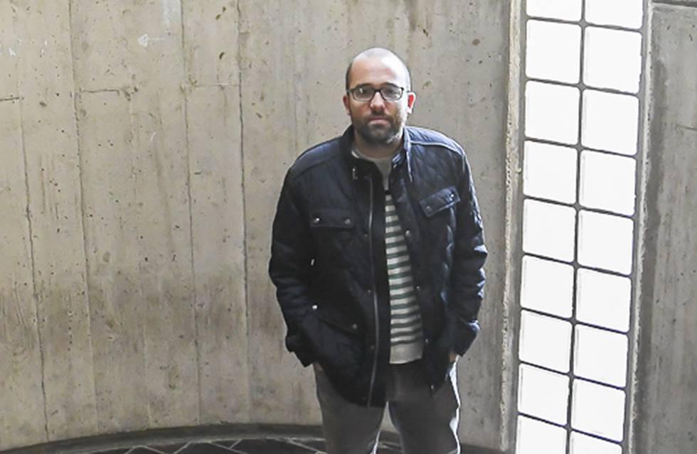 El sociólogo Aníbal Mesa, en la Universidad de la Laguna.