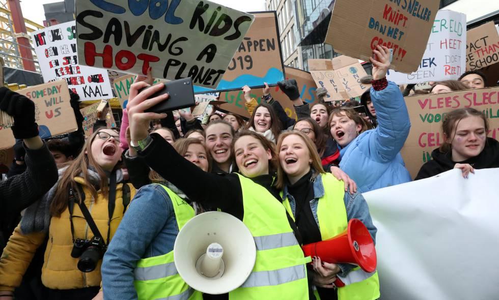 Resultado de imagen para europa manifestacion de estudiantes