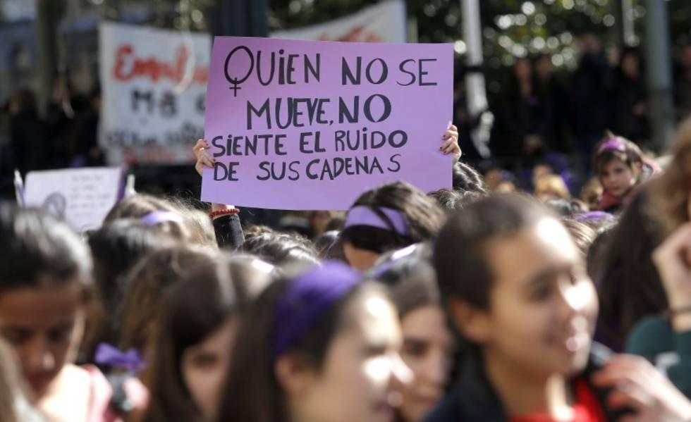 Las feministas inician con la campaña #1000Motivos la cuenta atrás para el 8-M