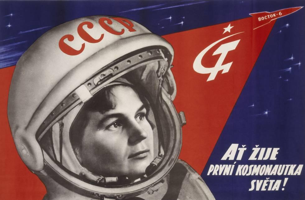Cartel en checo en homenaje a la primera cosmonauta.