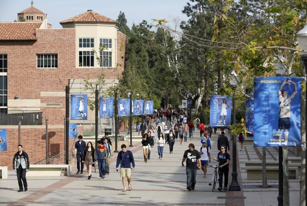 Campus de la Universidad de California en Los Ángeles.