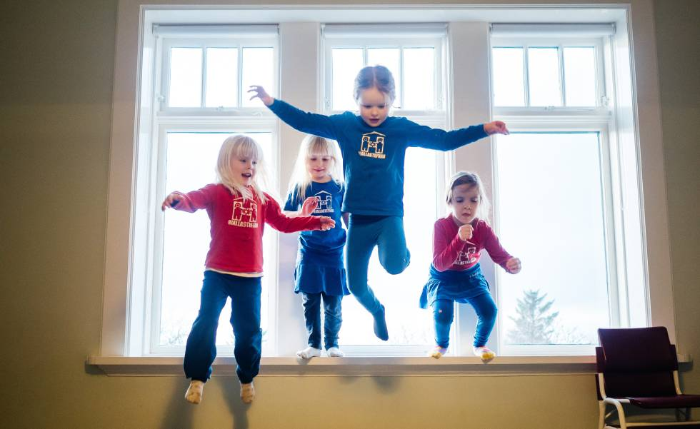 Feminista ColegioLa Receta Niños Islandesa Niñas El Separar Y A En rBeWdxCo