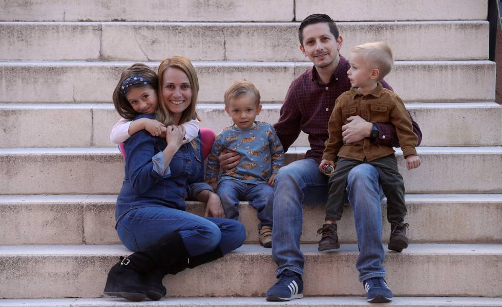 Parejas de hecho que no pueden ser familia numerosa, una discriminación en el siglo XXI