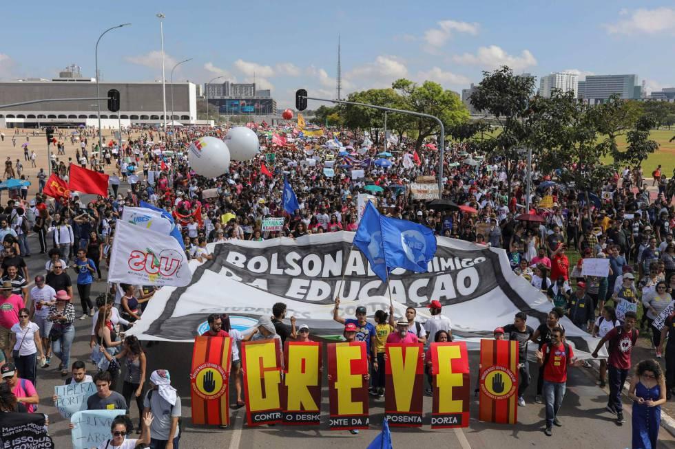 La manifestación de los estudiantes en Brasilia este miércoles.
