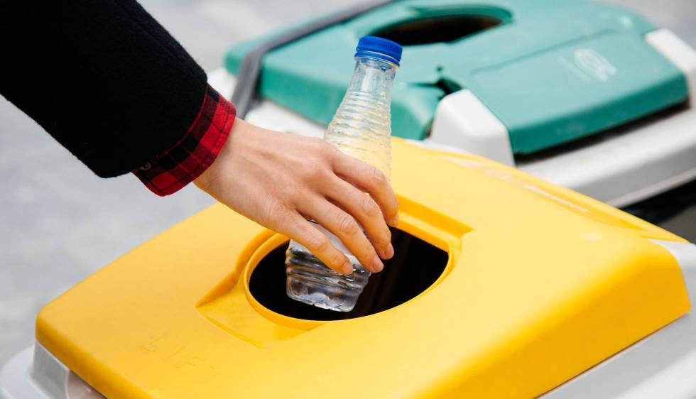 Cataluña reducirá la utilización de plástico de un uso mediante la contratación pública