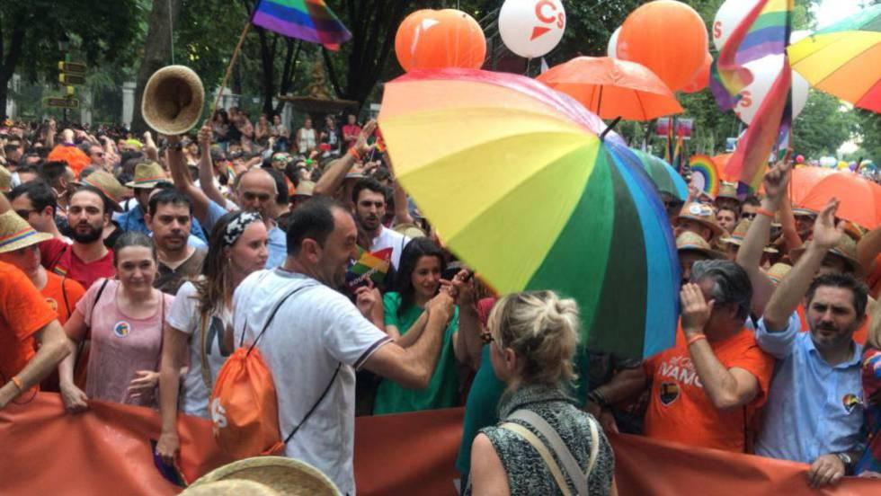 El responsable del Orgullo en Alicante denuncia amenazas de muerte tras vetar a C's de la marcha