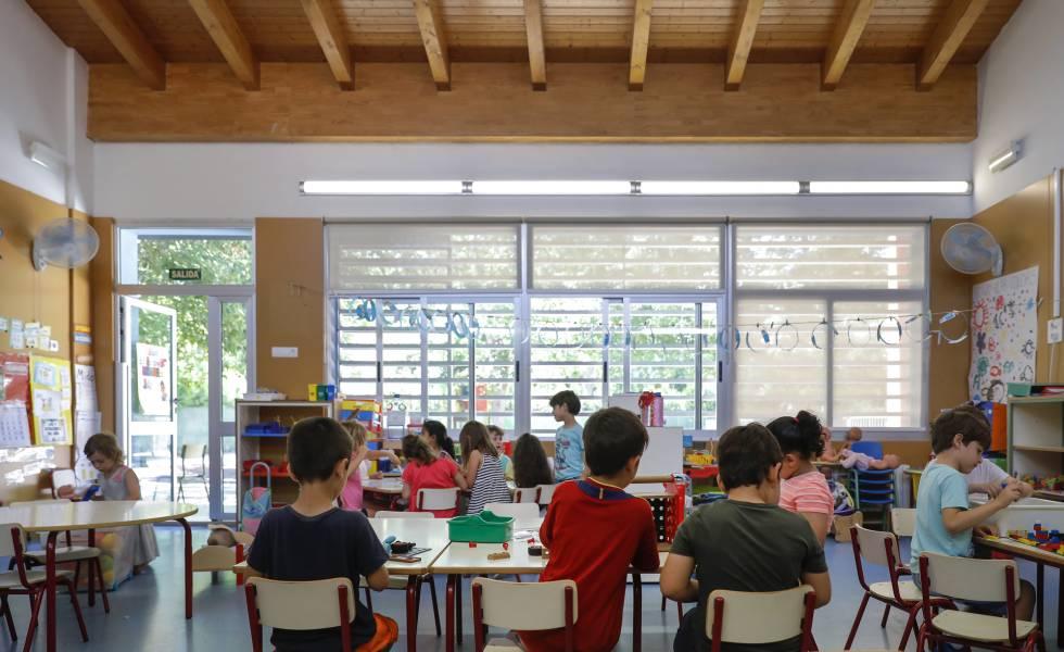 El colegio continuará sus clases en verano para compensar las clases perdidas