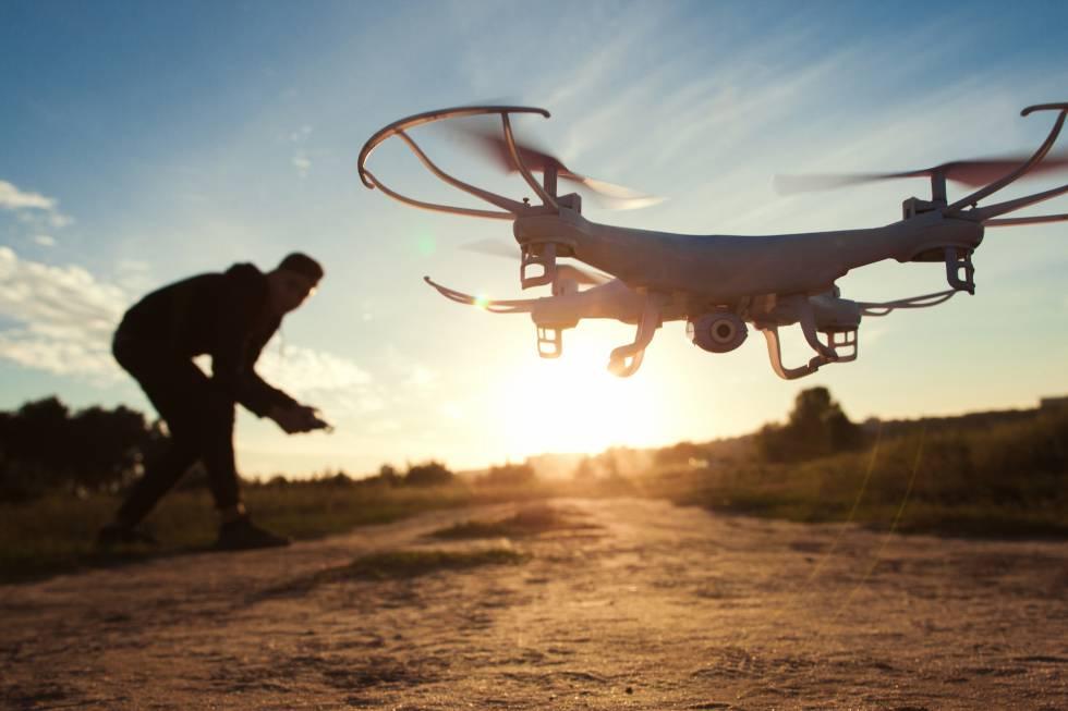 El mexicano que puso los drones al alcance de todos
