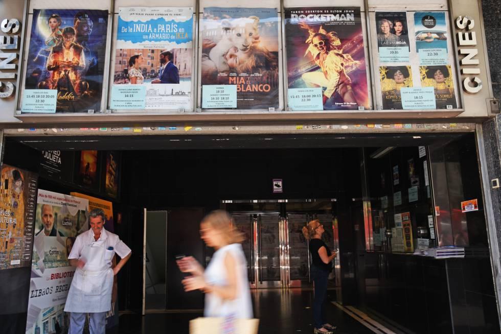 Primera multa a un cine en España por impedir el acceso con comida y bebida de fuera