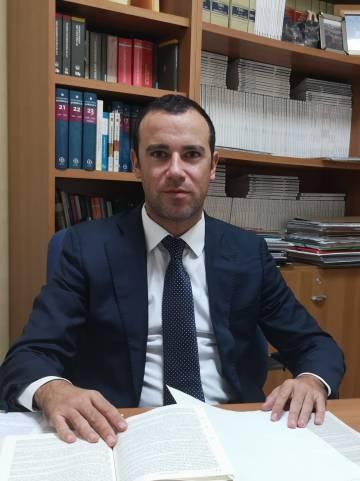 El abogado Igor Fernández Barceló, en su despacho.