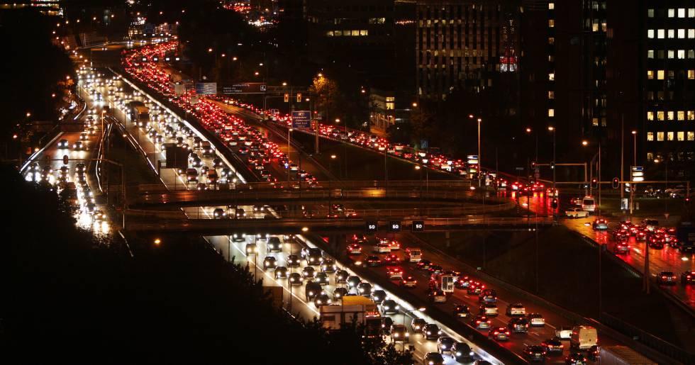 Holanda reduce la velocidad a 100 kilómetros por hora para frenar la contaminación